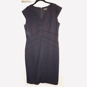 Tahari By Arthur S. Levine dress in Navy